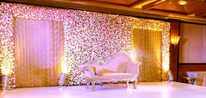 Decorações de palco de casamento